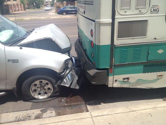 635713602255250877-Truck-v-Bus--IMG-0096-JPG