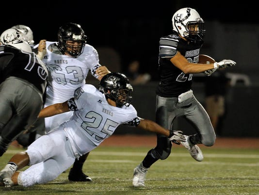 Horizon-Hanks HS Football 8