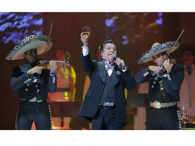 Juan Gabriel plays a concert in El Paso Sunday on his
