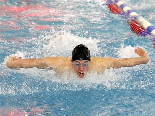 Kenyon Winkky of Horseheads on his way to winning the