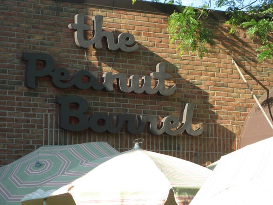 636119631856166132-peanut-barrel-sign.jpg