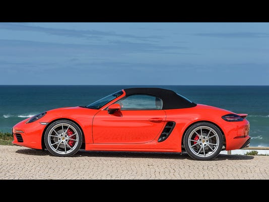 636156564926418771-Boxster-718-top-3.jpg