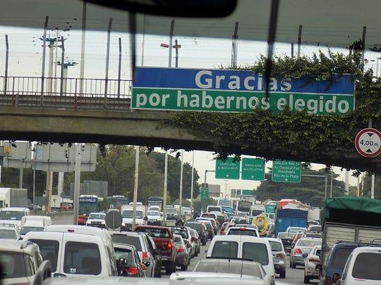The Avenue de Julio is the world's largest boulevard.