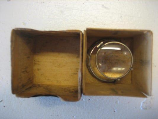 0207-ynmc-hv-4.-Smith-s-jeweler-s-loupe-2-.jpg