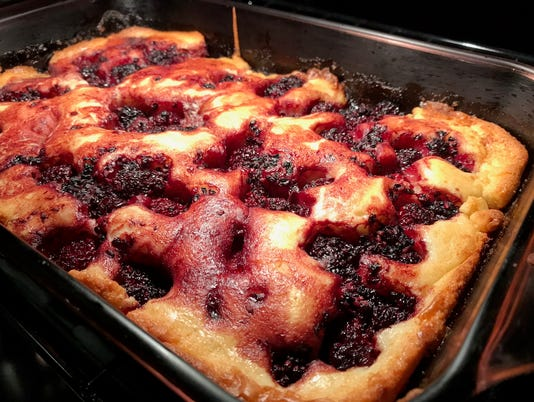 blackberry-cobbler-IMG-0528.jpg