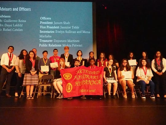 Hispanic Honor Society members and National Spanish