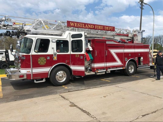 636614904412621210-westlnad-fire.JPG