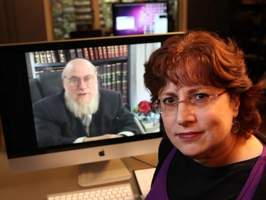 GAN JEWISH DIVORCE FILM 101013