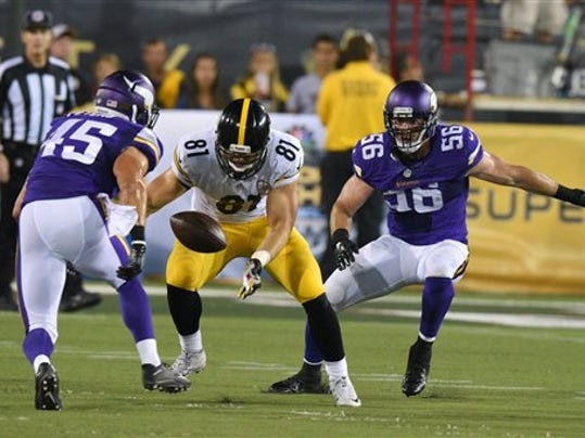 Pittsburgh Steelers tight end Jesse James can't handle a pass on Sunday during the Hall of Fame Game. The rookie from Penn State suffered through a shaky outing in his preseason debut.