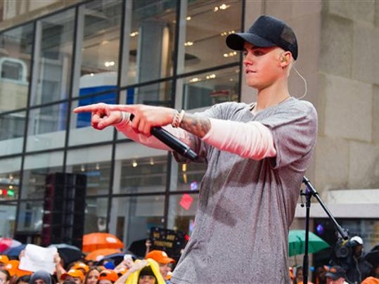 "Justin Bieber performs on NBC's ""Today"" show at Rockefeller Plaza on Thursday, Sept. 10, 2015, in New York."