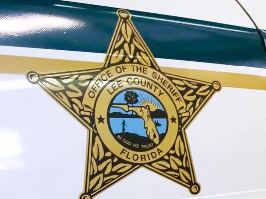 635717909407613089-lee-county-sheriffs-deputy-