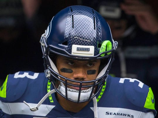 Week 2 fantasy football studs, duds and sleepers: Russell Wilson might be a bust