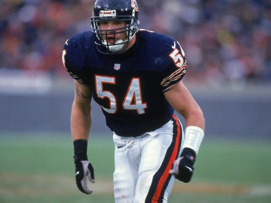 19 Nov 2000:  Brian Urlacher #54 of the Chicago Bears is ready on the field during the game against the Tampa Bay Buccaneers at Soldier Field in Chicago, Illinois.  The Bears defeated the Buccaneers 13-10.Mandatory Credit: Jonathan Daniel  /Allsport