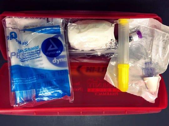 A Narcan kit.
