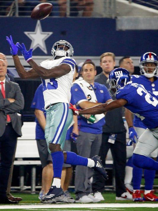 Giants_Cowboys_Football_53939.jpg