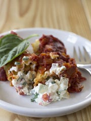 If lobster is too much trouble, or not in the budget, just substitute cooked and peeled shrimp for this lobster manicotti.