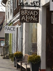 The outside of Bread Alone Bakery in Rhinebeck.