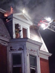 Fire displaced 22 people from five families who lived