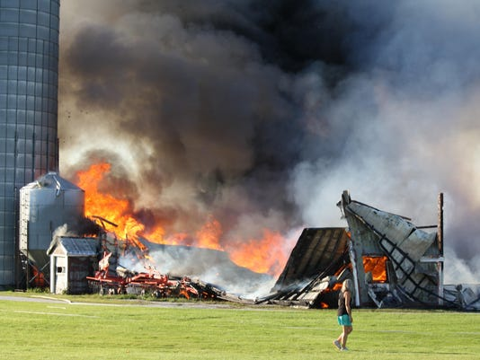 BUR20150802 Highgate Fire 1