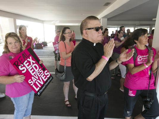 PNI PS Planned Parenthood dueling protests