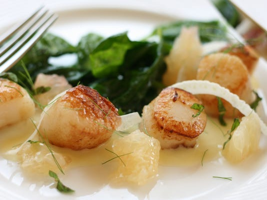 Seared Scallops with Grapefruit, Fennel and Mint.jpg