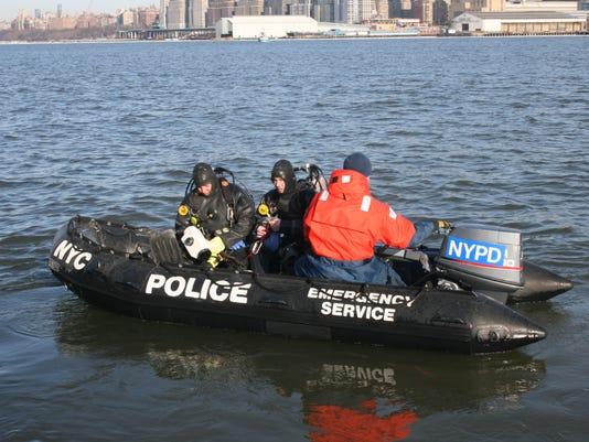 AP_NYPDboat.jpg