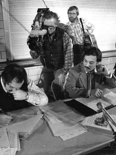A television crew records tabulation at the Democratic Precinct 77 in St. Anthony's Elementary School on Jan. 22, 1980.