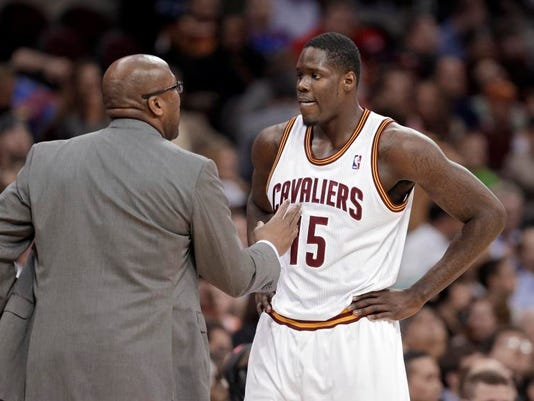 MNCO 0507 Cavs top pick was a top bust.jpg