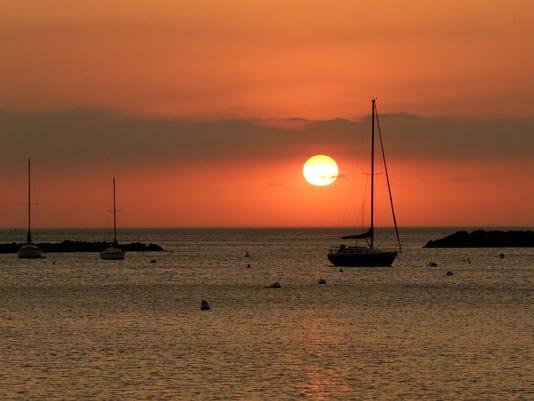 MJS_sunrise_shouth_shore_-__2360_De_Sisti