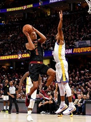 Cleveland Cavaliers guard Rodney Hood (1) shoots the