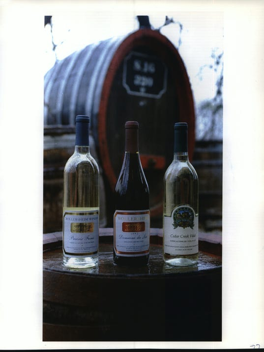 1993 Press Photo Variety of Red and White Wines from Wollersheim Winery