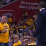 Courtside Cavaliers fan argues with Raptors coach