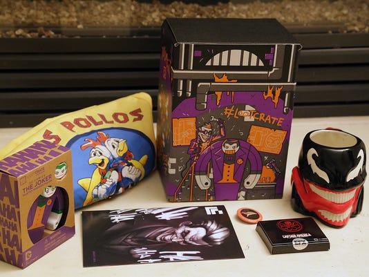 Loot-Crate-2015-08-Villains-2