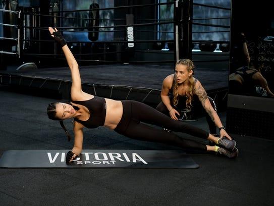La super modelo Adriana Lima ya comenzó su preparación