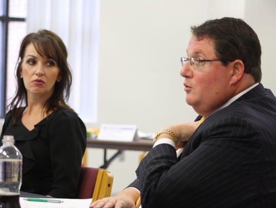 Delegates school board2_CarolineGlenn.JPG