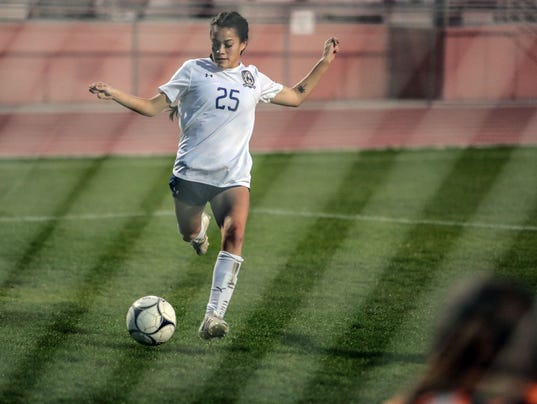 636531173684890070-Tatiana-Soccer-Goal010.JPG