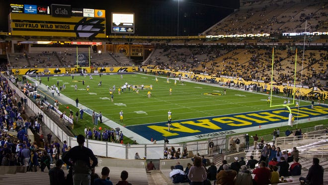 Should Sun Devil Stadium be a union shop for the athletes who labor there?