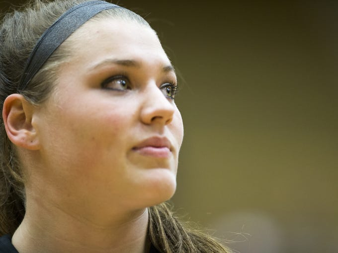Kristen Spolyar warms up with her team from Lebanon