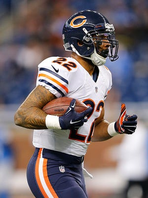 The Bears host the Lions on Sunday and RB Matt Forte needs 68 yards to reach 1,000 on the season.