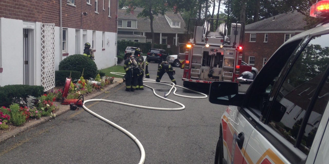 Englewood Firefighters Contain, Extinguish Apartment Fire