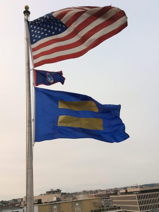 635694962182469139-Guam-flag-08