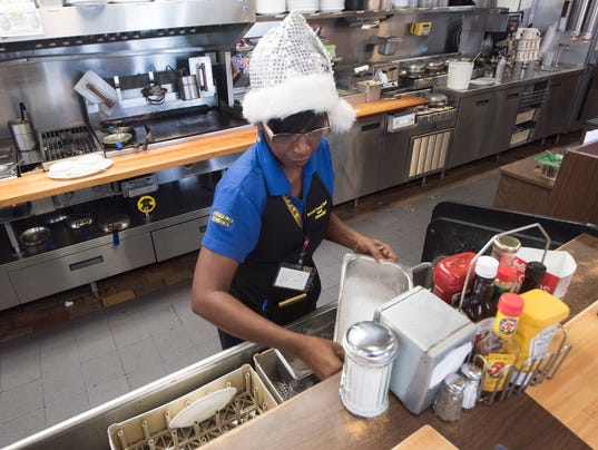 Christmas Day Workers-Waffle House