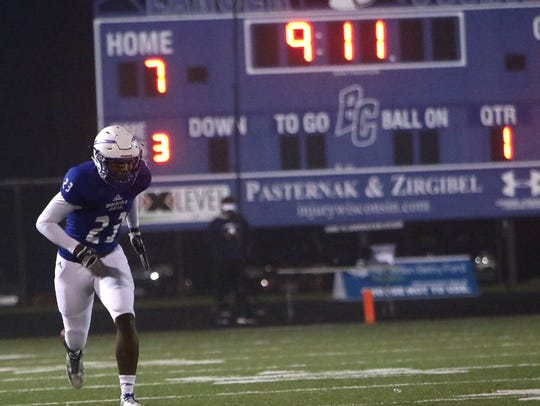 Brookfield Central linebacker Reggie Jennings figures