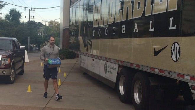Titans kicker Ryan Succop bought every drop of bottled water in a local pharmacy to donate to Vanderbilt's water drive, which will aid flood victims in South Carolina.