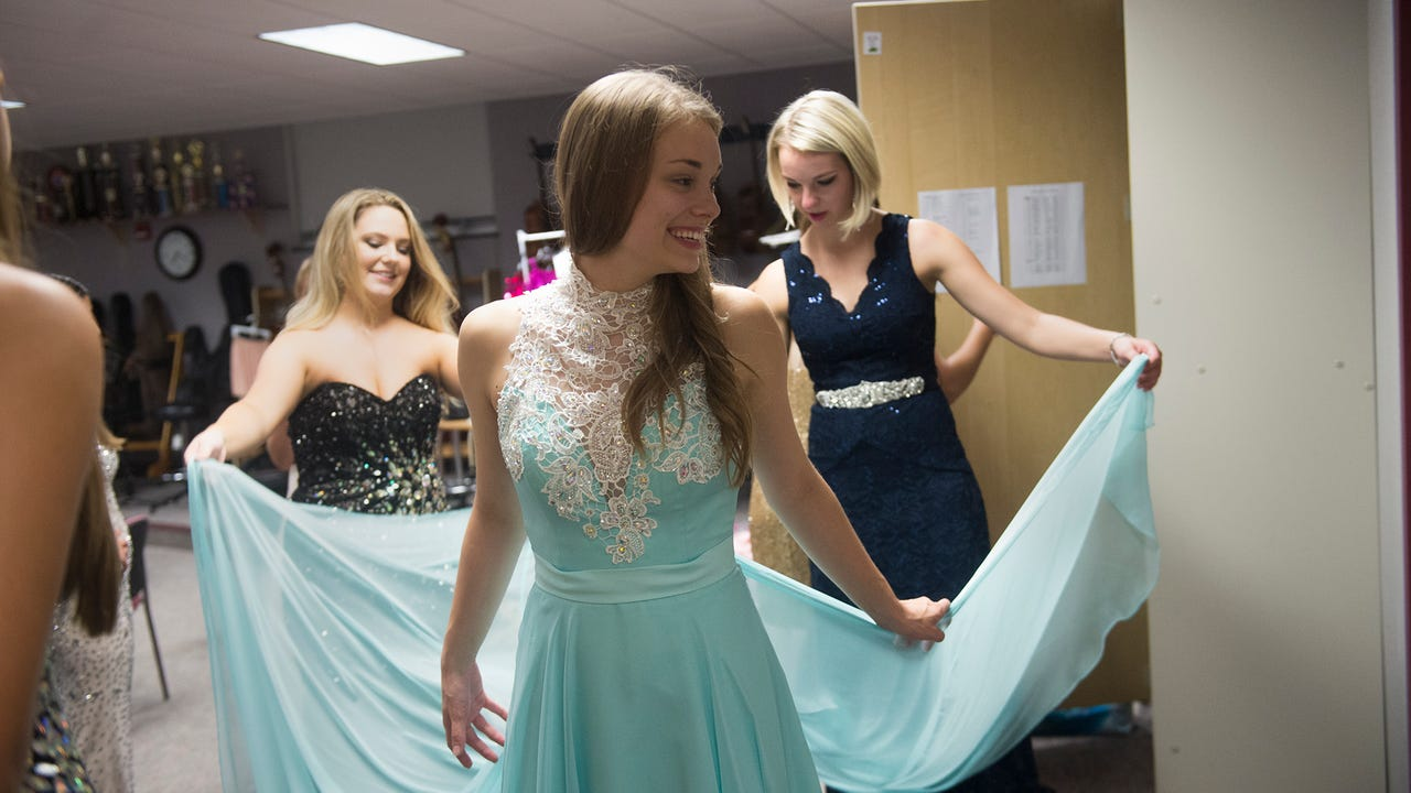 Watch: Miss Hanover Area dress rehearsal
