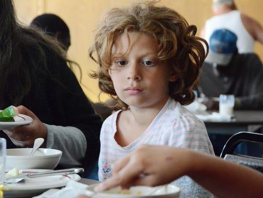 636012343793302413-hungry-child.jpg