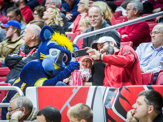 Ball State face off against Bowling Green at Worthen Arena Saturday, Jan. 7, 2017.