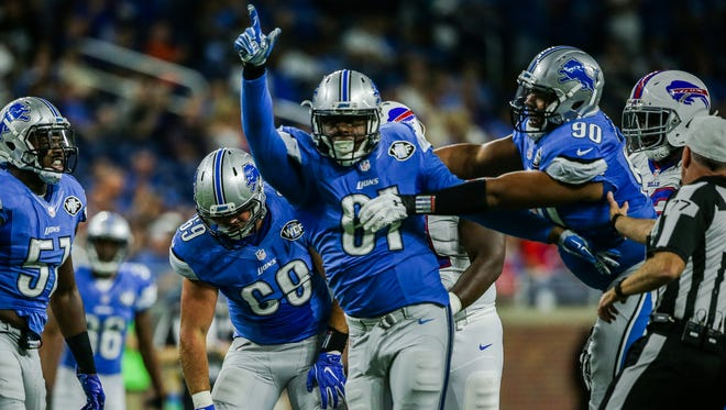 Lions defensive end Kerry Hyder