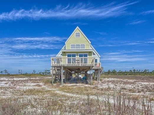 Alabama: This three-bedroom house in Fort Morgan sleeps