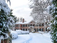 Private Holiday Tour of the Governor's Mansion